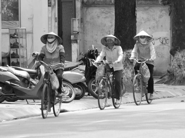 1 Gallery Vietnam