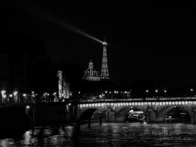 Una preghiera per Parigi e un grido al valore della libertà!