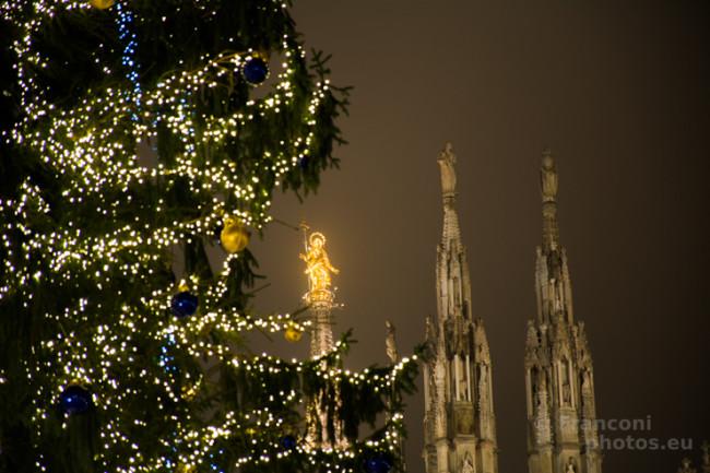 A tutti gli amici di Franconiphotos: Buon Natale da Milano!