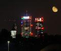 Spettacolo notturno della Skyline di Milano